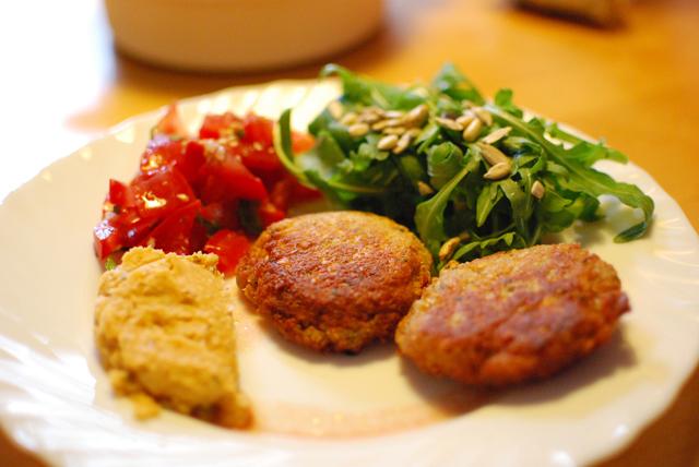 Falafel mit Humus und Co