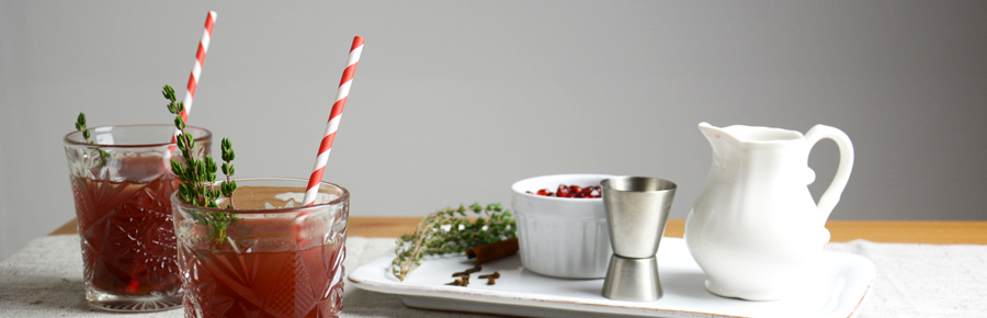 Red Thyme Infusion   Pixi mit Milch