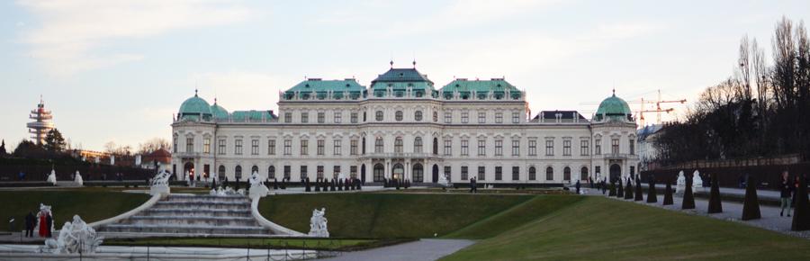 Belvedere in Wien  Pixi mit Milch