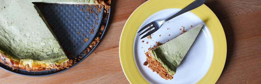 Matcha-Cheesecake | Pixi mit Milch