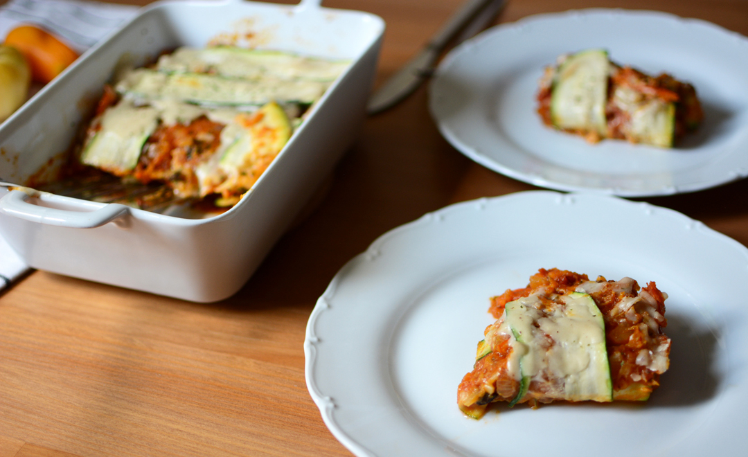 rezept vegane k rbis lasagne mit zucchini pixi mit milch. Black Bedroom Furniture Sets. Home Design Ideas