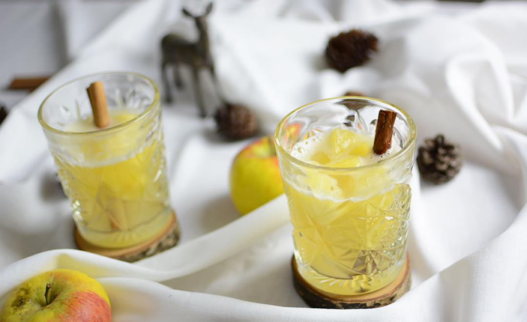 drink winter apple wine pixi mit milch. Black Bedroom Furniture Sets. Home Design Ideas