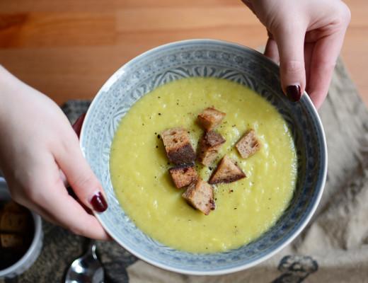 Erdäpfel-Porree-Suppe |Pixi mit Milch