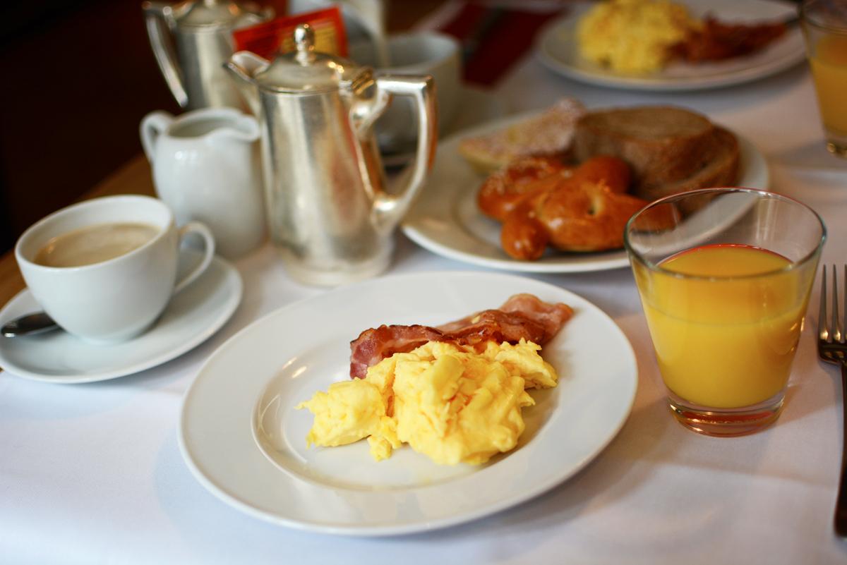 Hotel Rössli Frühstück |Pixi mit Milch