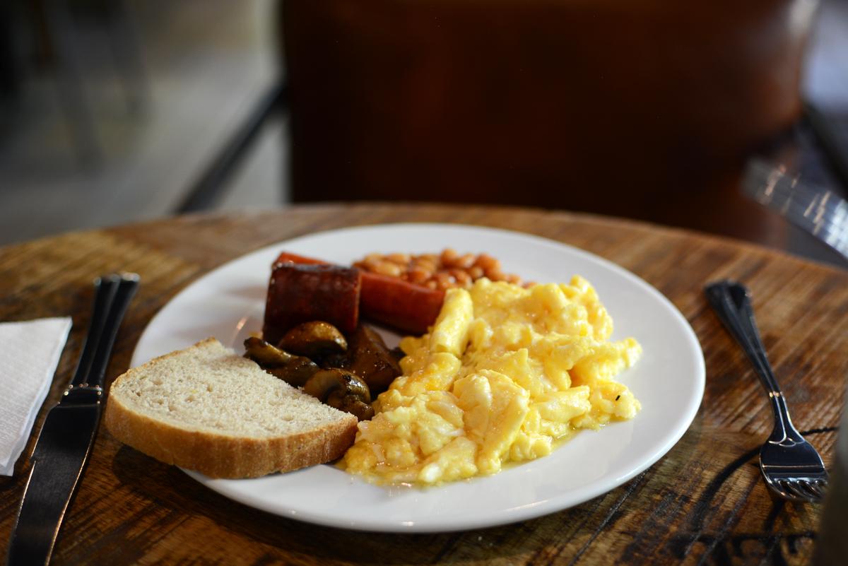 Frühstück im Loft Hotel in Bratislava |Pixi mit Milch