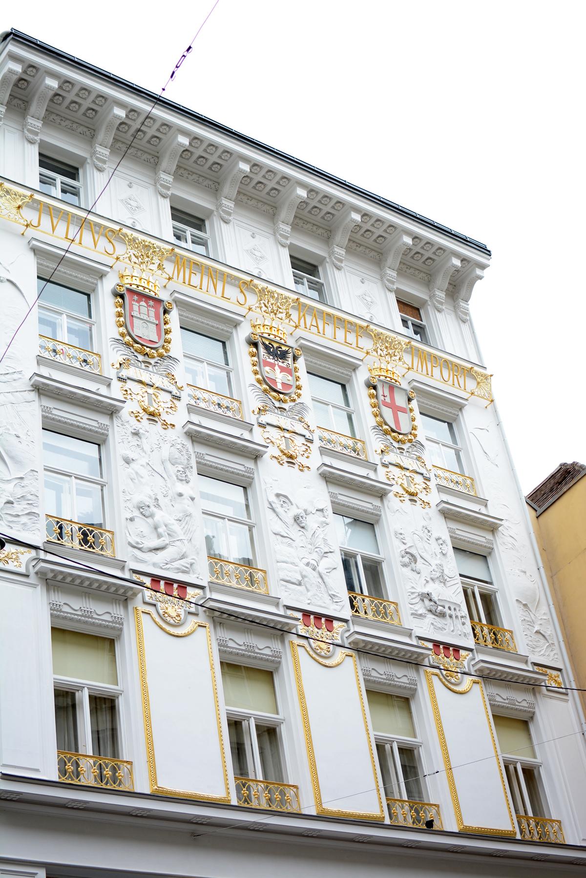 Innenstadt in Wien |Pixi mit Milch