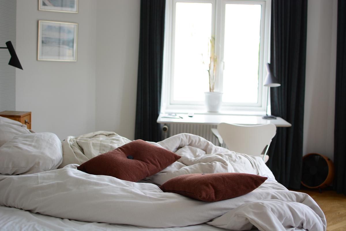 Hotel Alexandra: Arne Jacobsen Zimmer | Pixi mit Milch