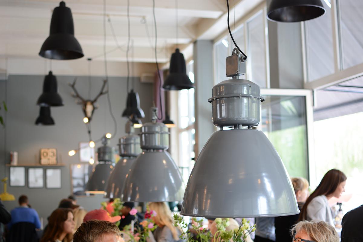 Wulff & Konstali Cafe | Pixi mit Milch