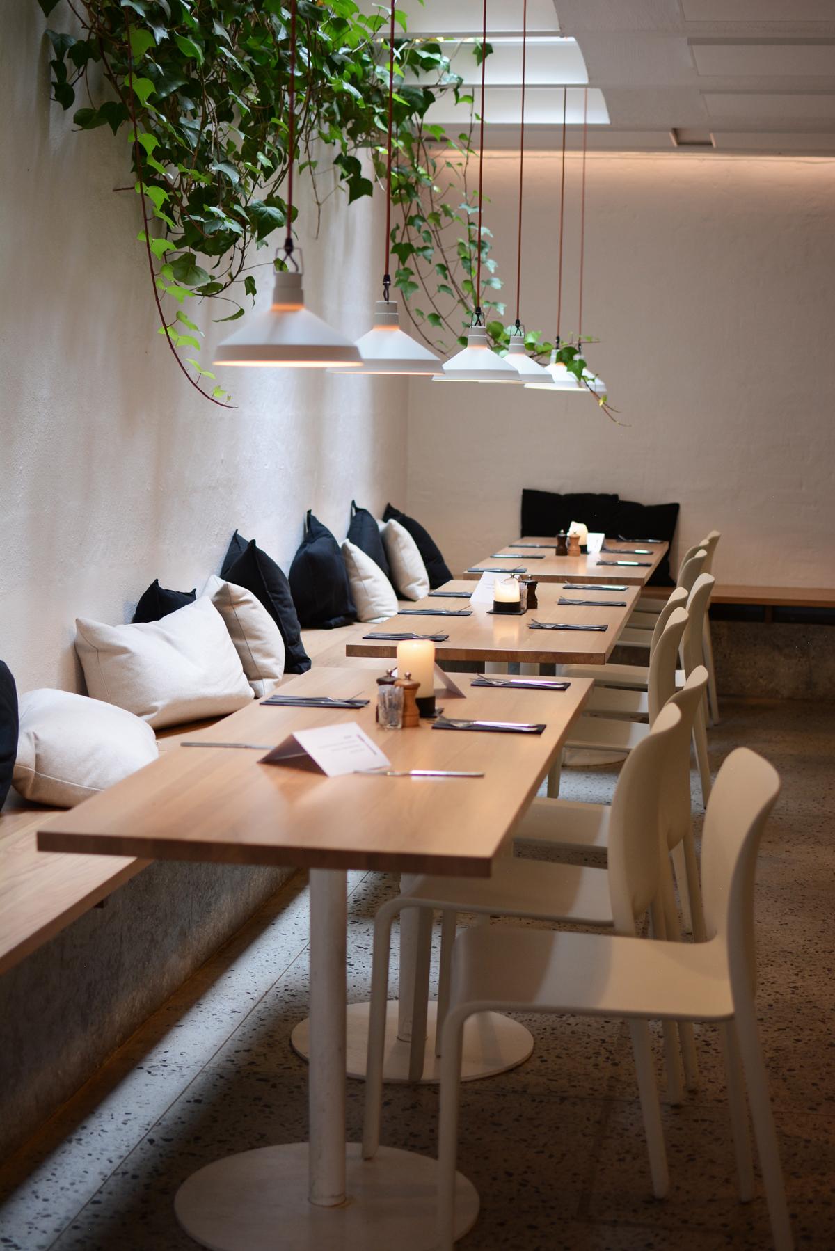 simpleRAW Restaurant | Pixi mit Milch