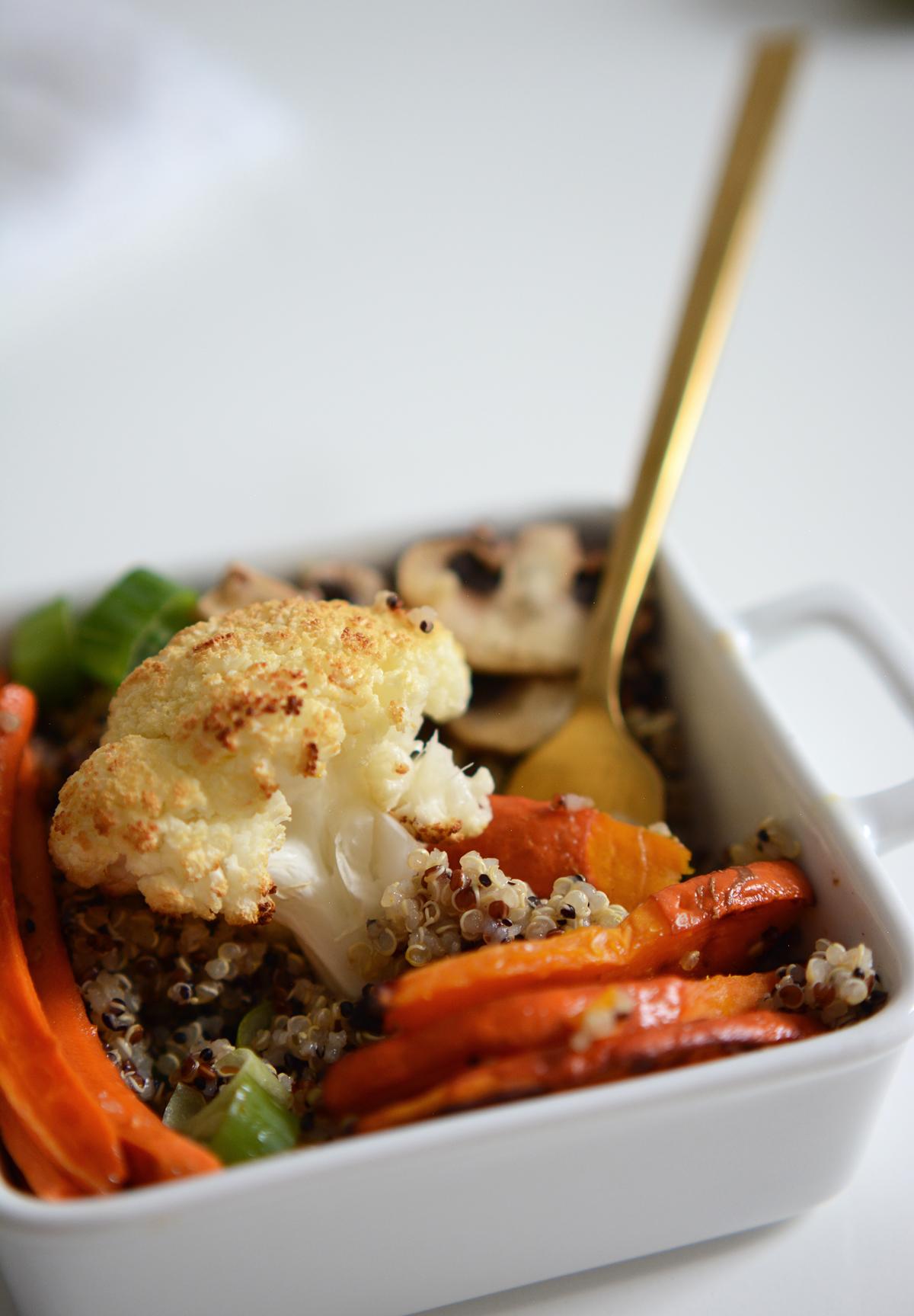 Herbstliche Quinoa-Bowl (vegan) | Pixi mit Milch