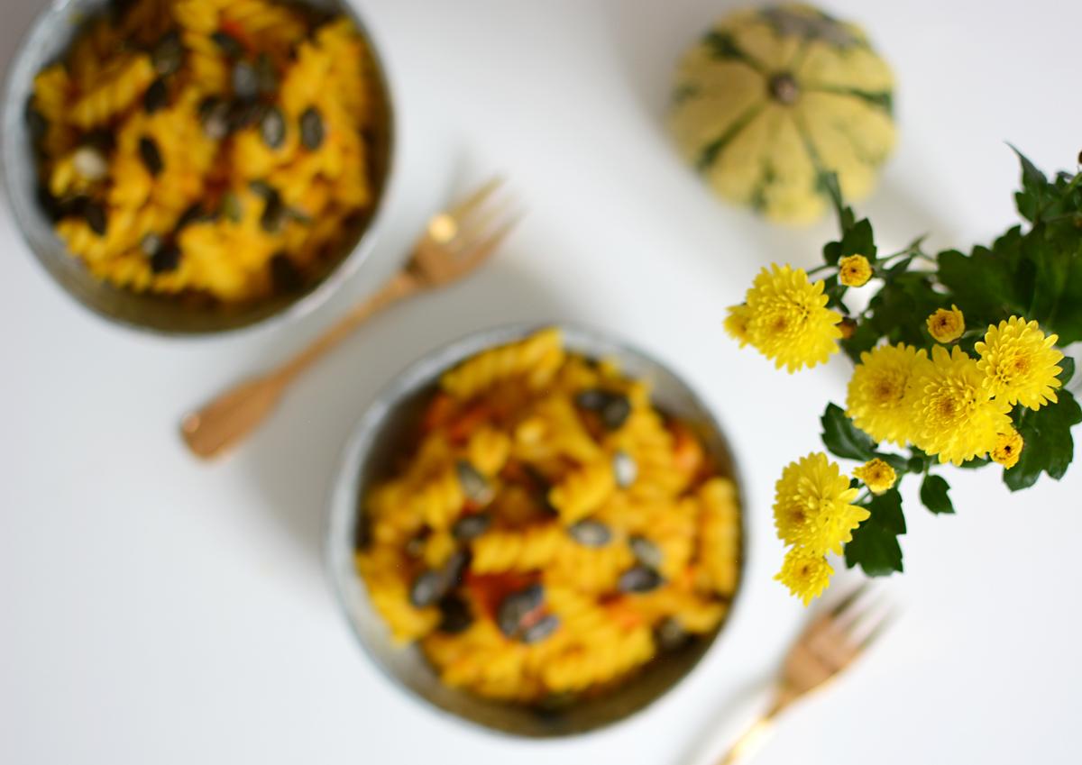 One Pot Pumpkin Pasta |Pixi mit Milch