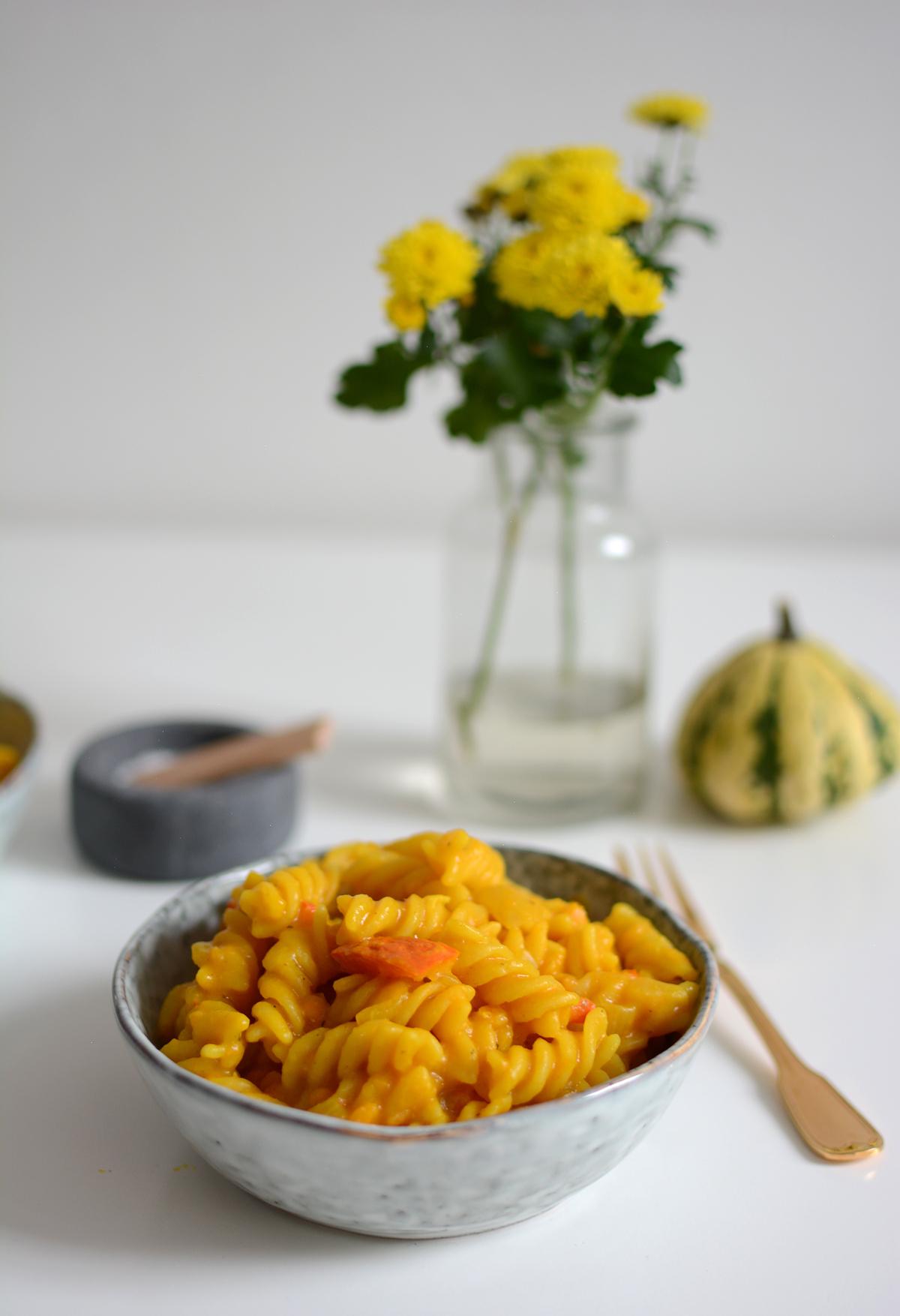 One Pot Pumpkin Pasta | Pixi mit Milch