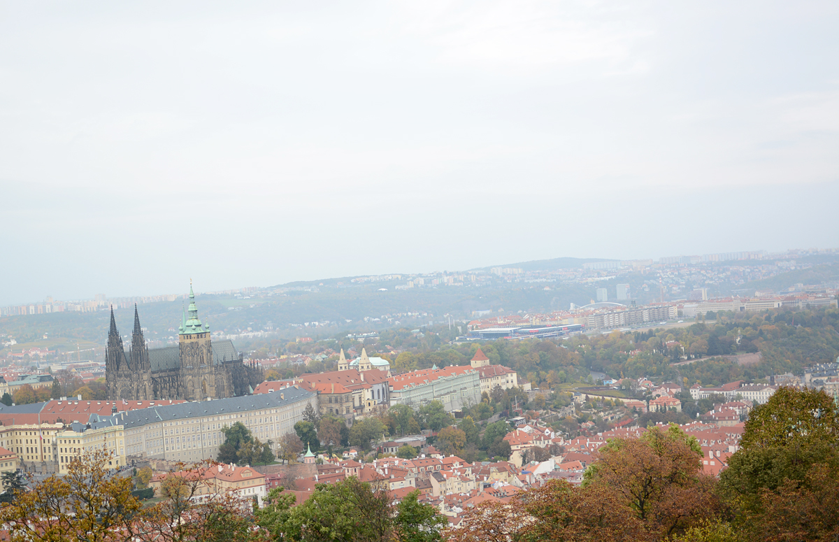 Prag: Eiffelturm Aussblick |pixi mit milch