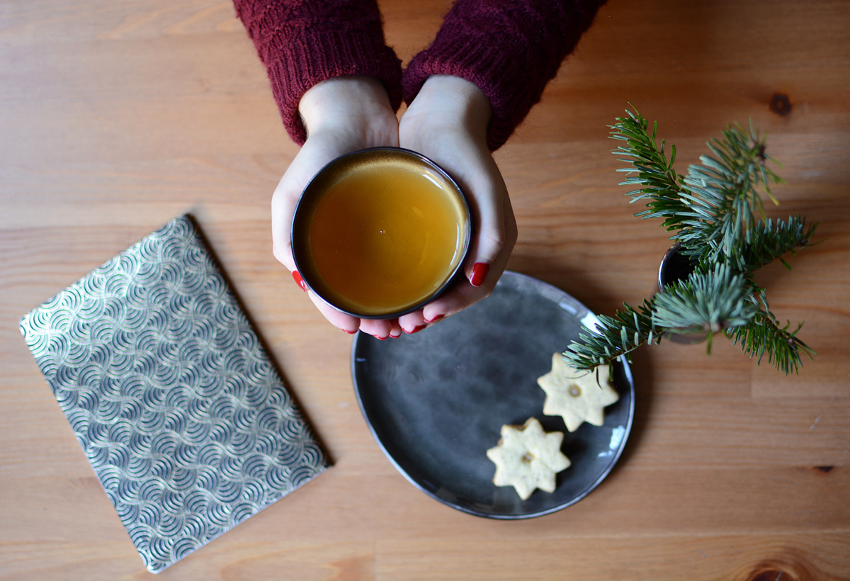 Christmas Table Setting | Pixi mit Milch