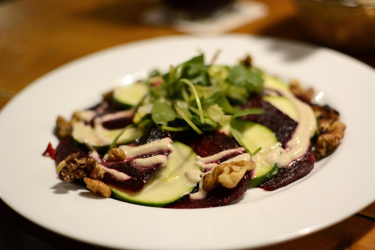 Veganes Restaurant in Prag: Plevel | Pixi mit Milch