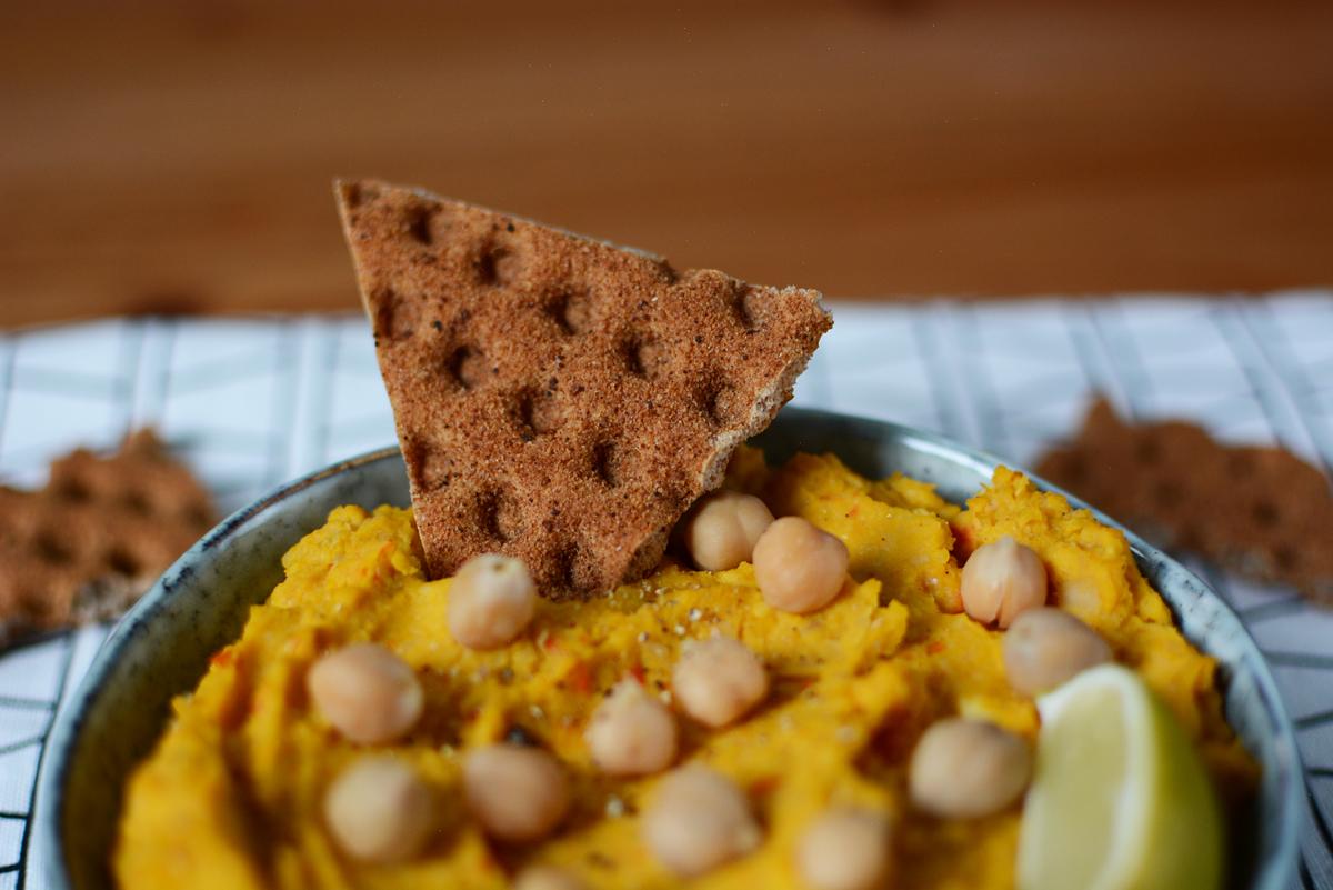 Kürbis-Hummus Aufstrich | Pixi mit Milch