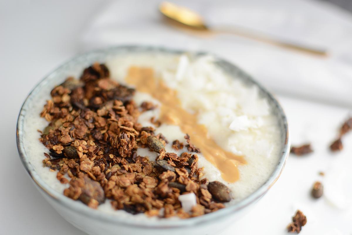 Kürbiskern-Granola Rezept | Pixi mit Milch
