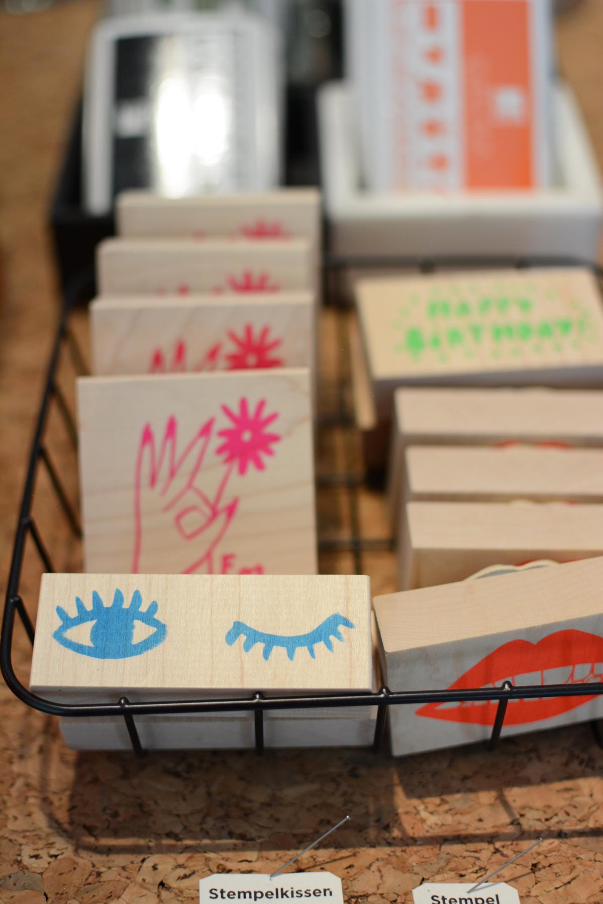 Present & Paper: Stempel | Pixi mit Milch