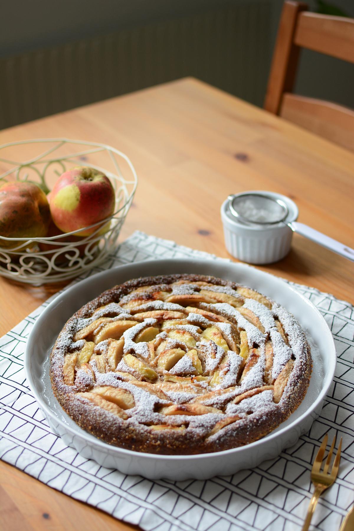 Apfelkuchen vegan: Rezept | Pixi mit Milch