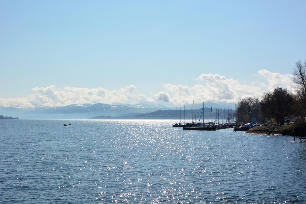 Zürichsee Bootsfahrt |Pixi mit Milch
