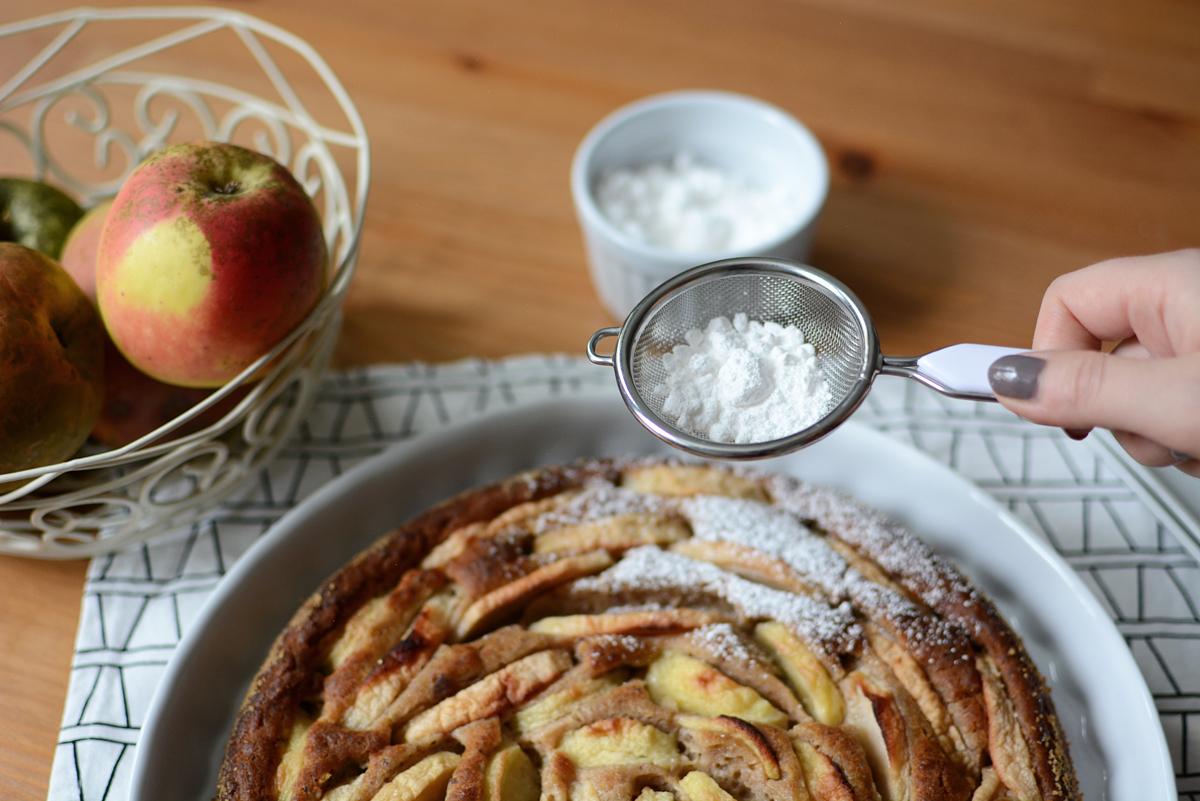 veganer Apfelkuchen | Pixi mit Milch