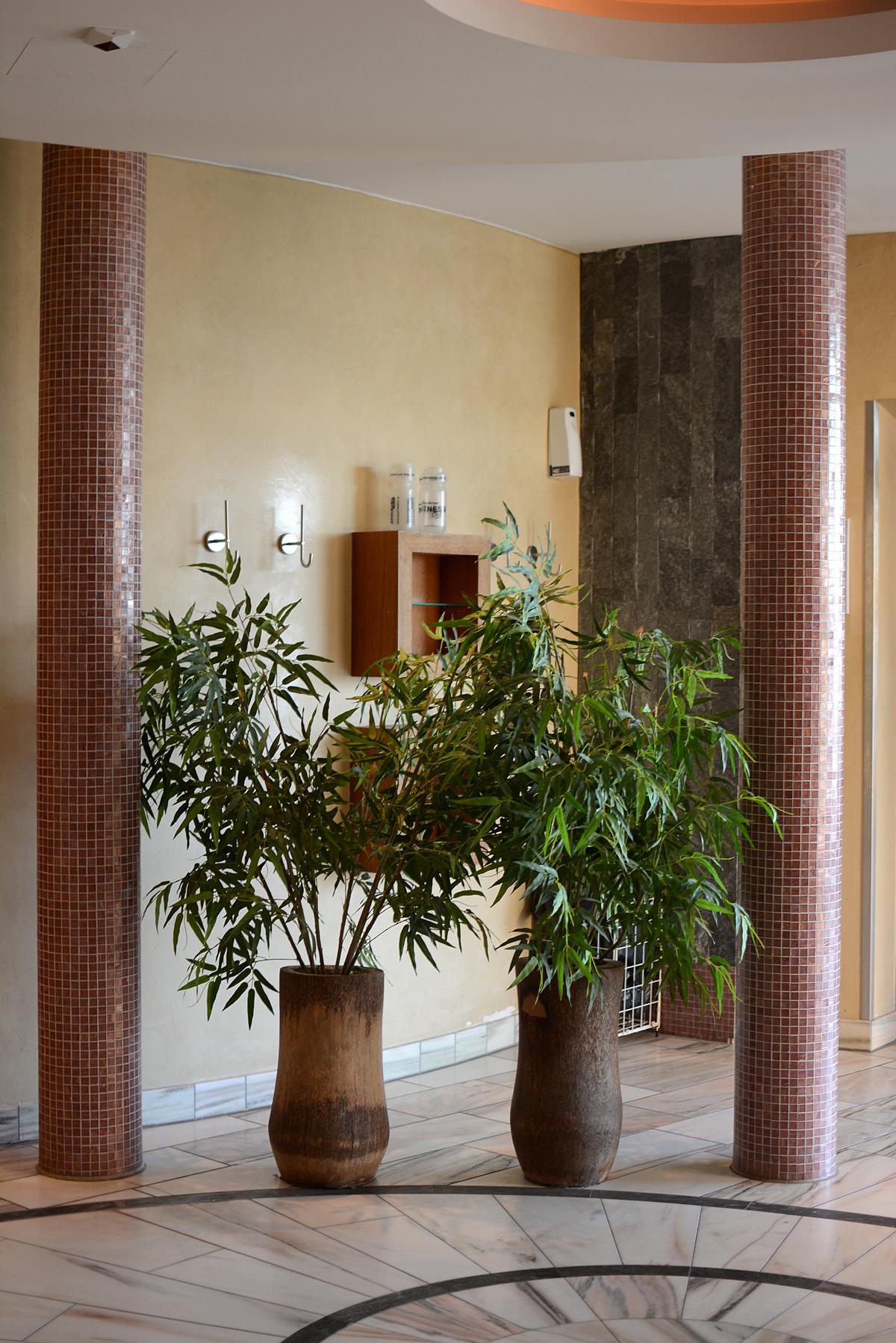 Almesberger: Spa-Bereich | Pixi mit Milch