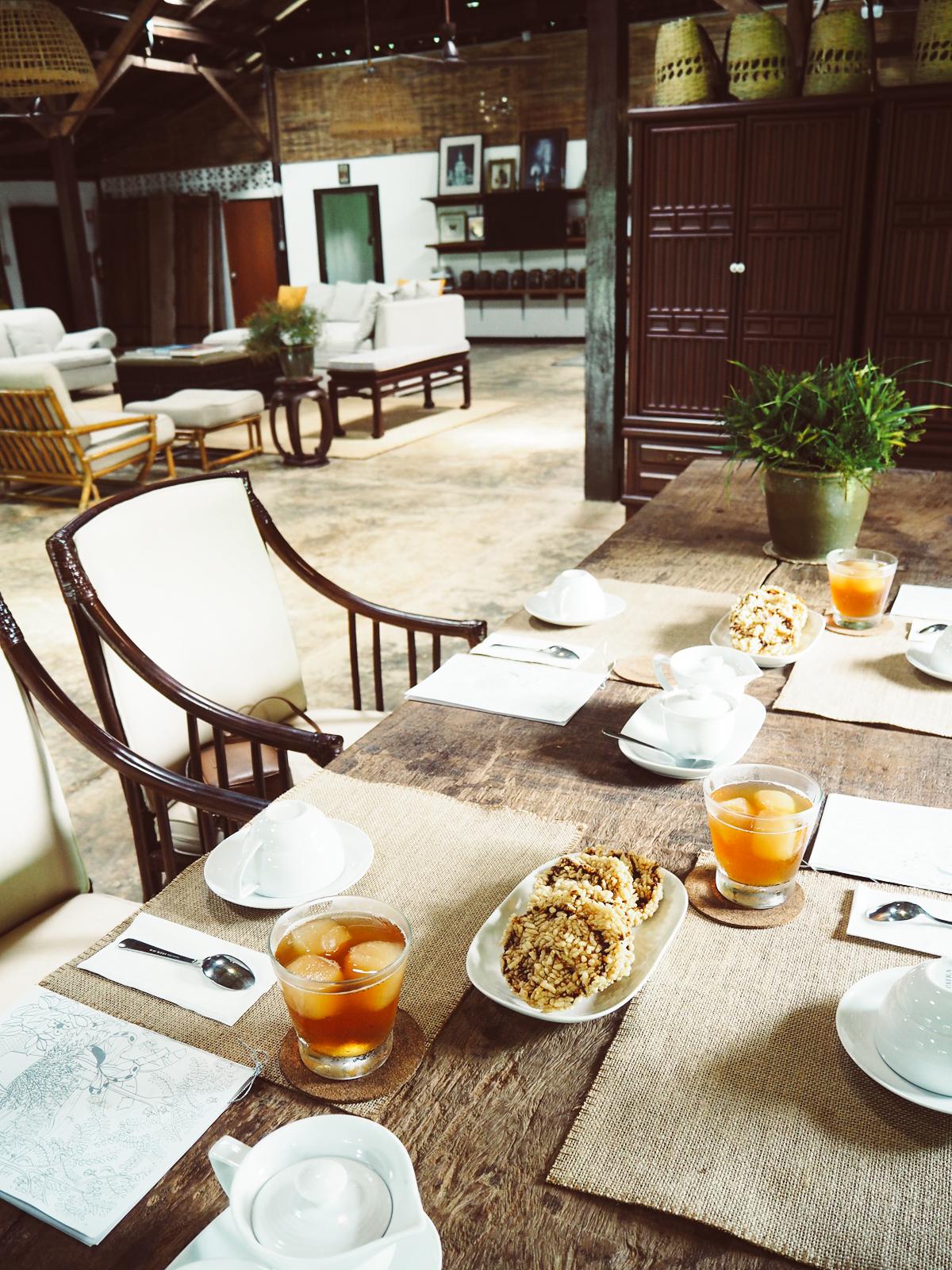Tea Time Araksa | Pixi mit Milch