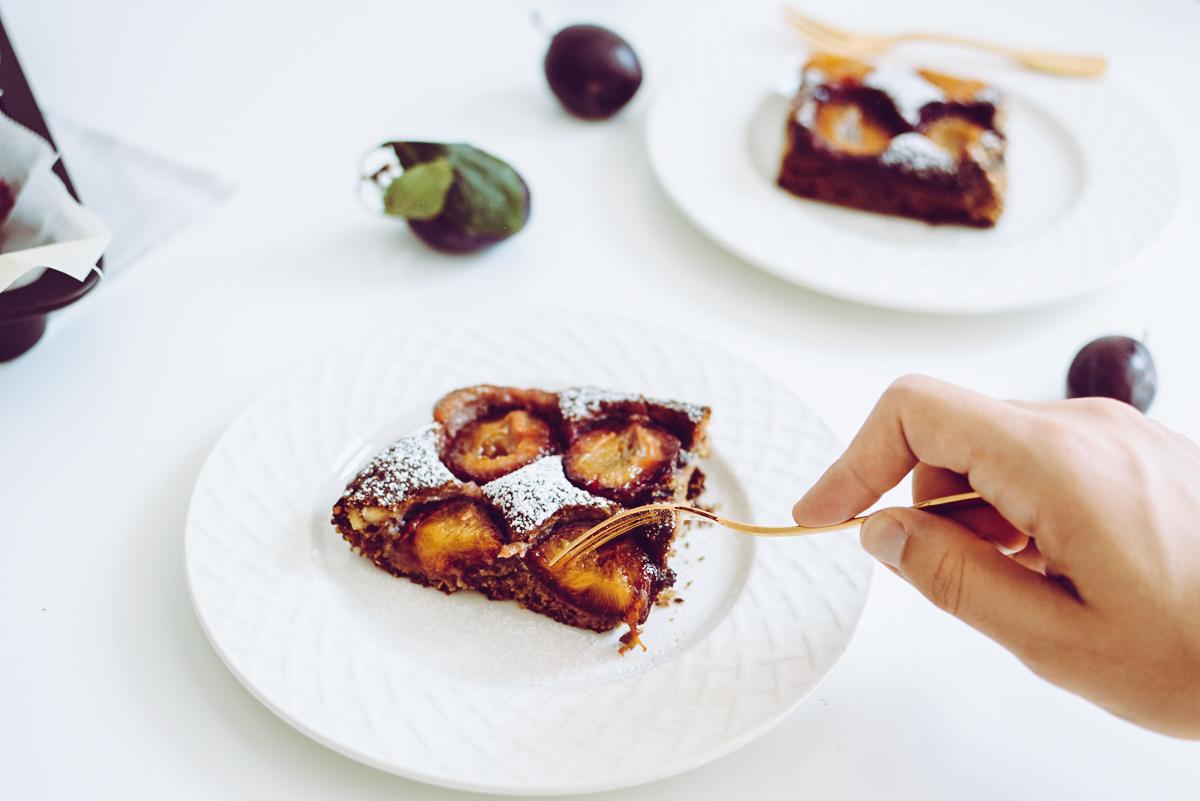 veganer Zwetschgenkuchen |Pixi mit Milch