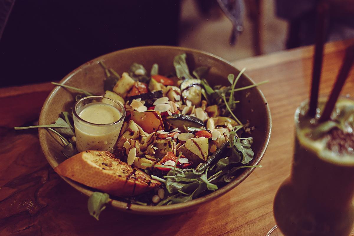 OHKAJHU: Bowl | Pixi mit Milch