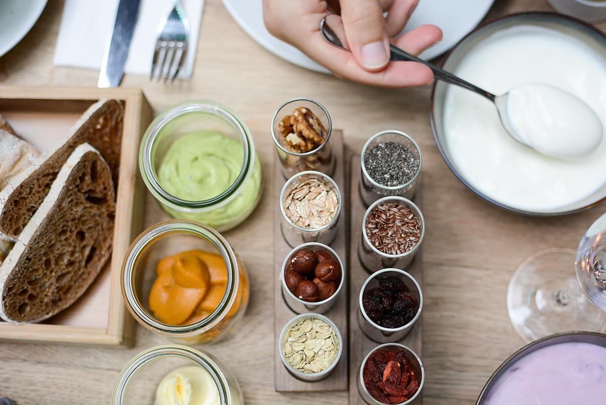 Tian Sharing Breakfast | Pixi mit Milch