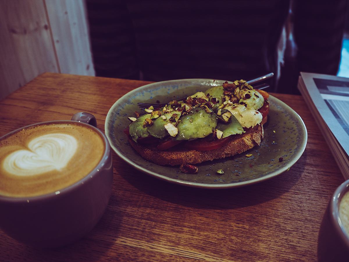 Hello, Kristof Avocadobrot |Pixi mit Milch