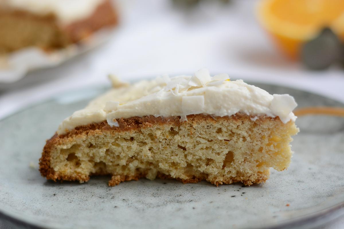 veganer Orangen-Kokos-Kuchen | Pixi mit Milch