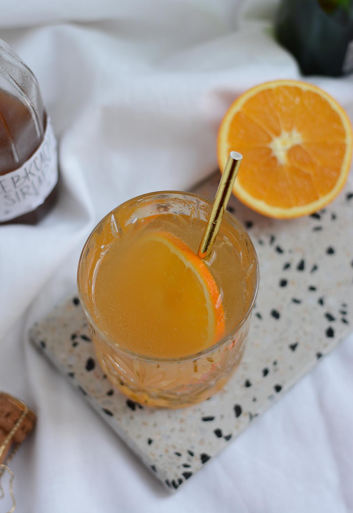 Lebkuchen-Secco: Drink | Pixi mit Milch