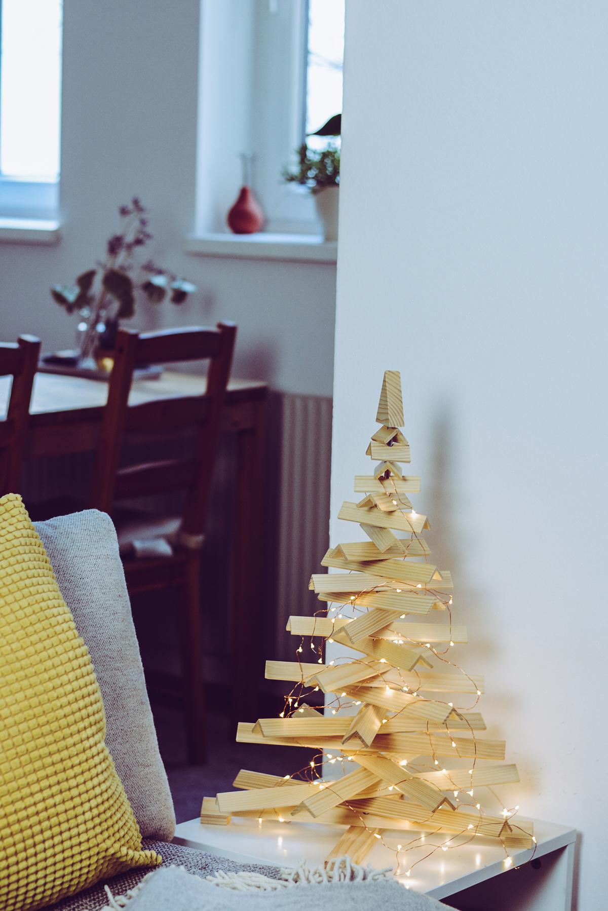 Modern Christmas Tree | Pixi mit Milch