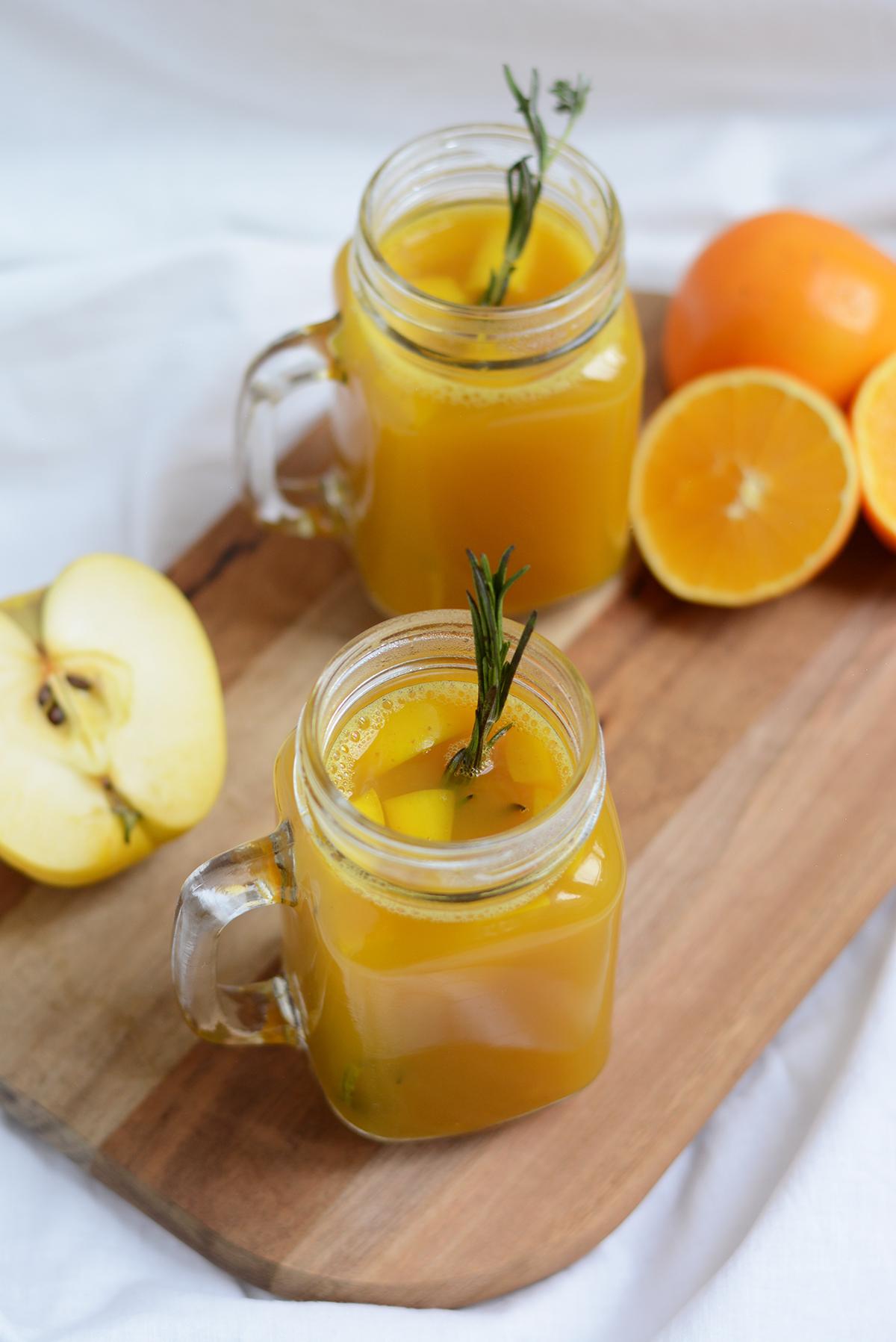 Orangen-Apfel-Punsch | Pixi mit Milch