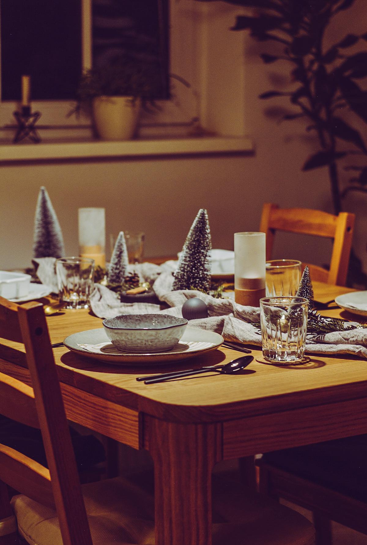 Winter-Tischdeko | Pixi mit Milch