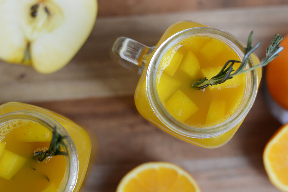 Würziger Orangen-Apfel-Punsch | Pixi mit Milch