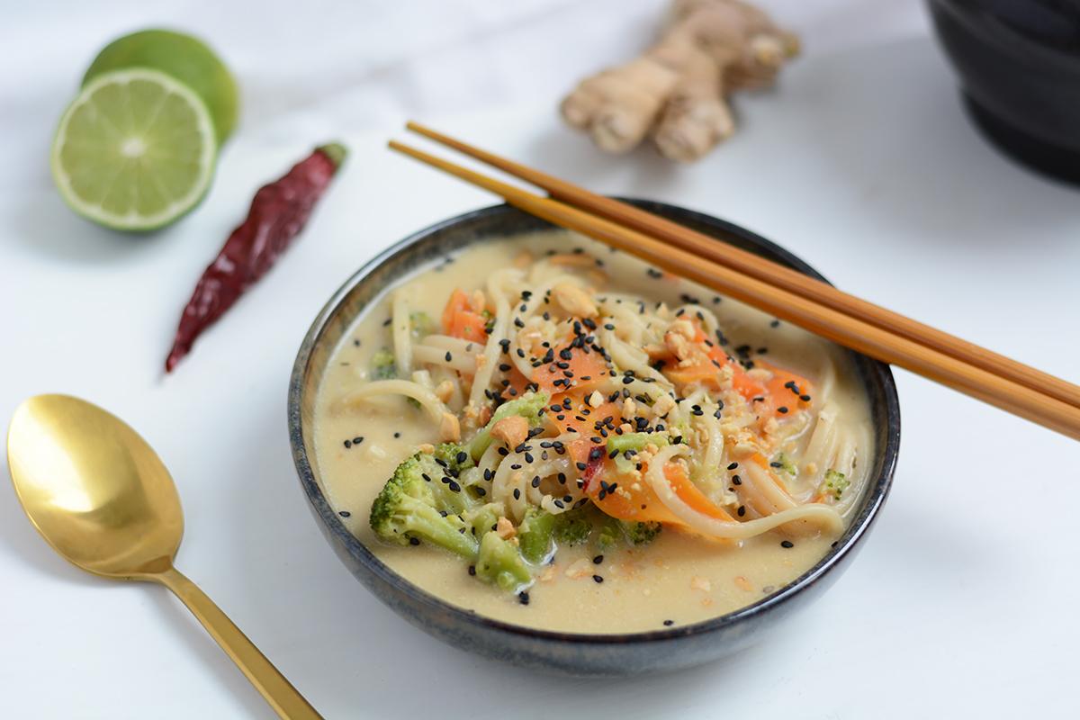 Creamy Peanut Udon Soup | Pixi mit Milch