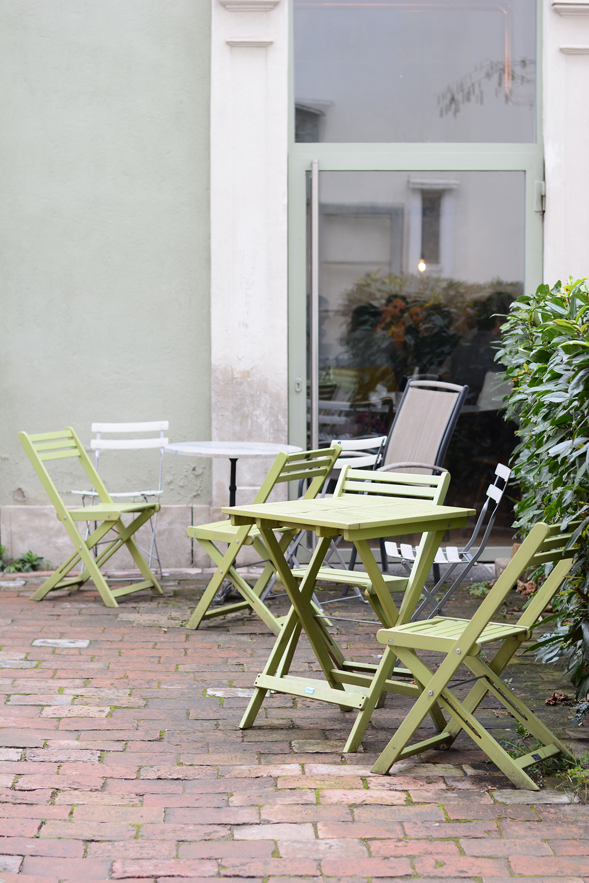 Die Turnhalle in Wien im Brick-5 | Pixi mit Milch