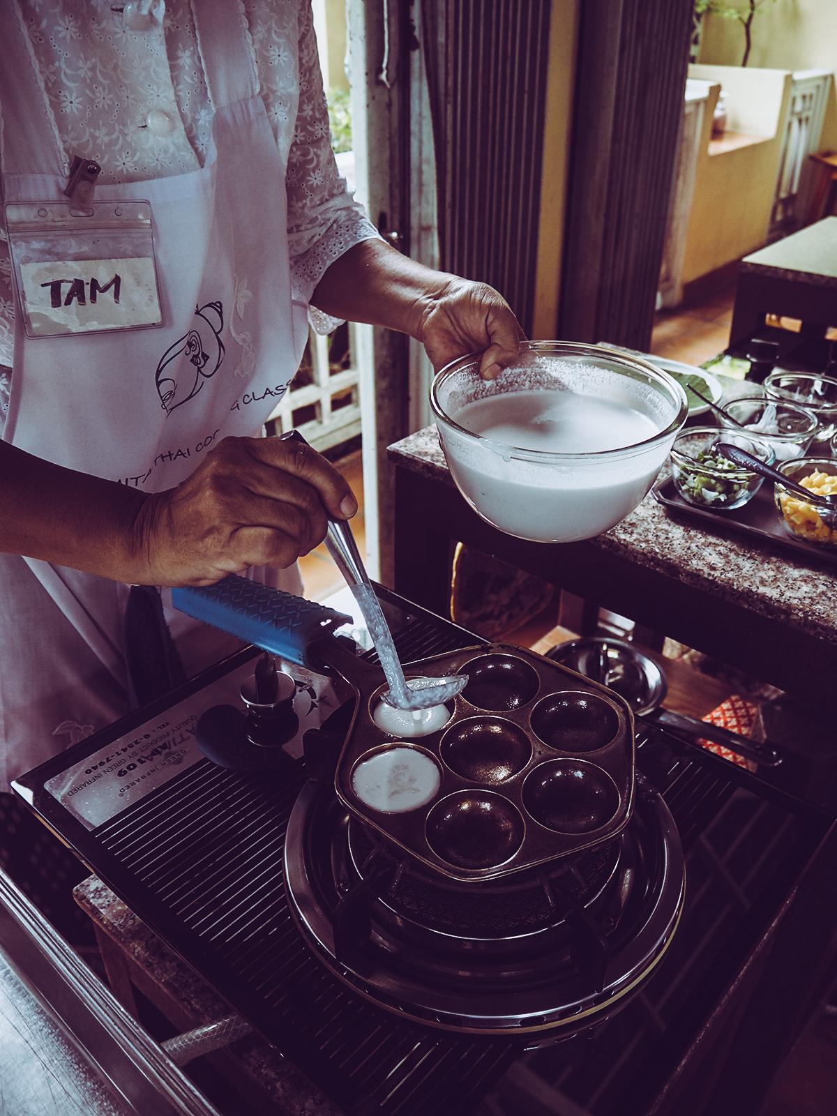 Amita Thai Cooking Class - Kokospancakes |Pixi mit Milch